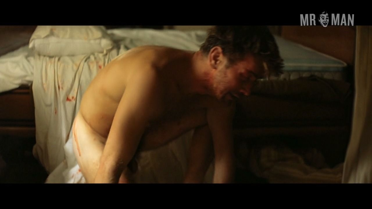 Sheen naked charlie Charlie Sheen: