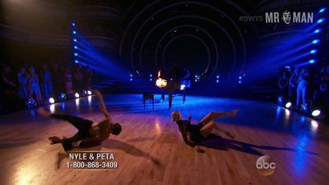 Dancingwiththestars 22x10 dimarco hd 01 large 3