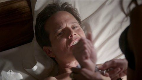 Nightshift the 04x05 scottwolf hd 01 large 3