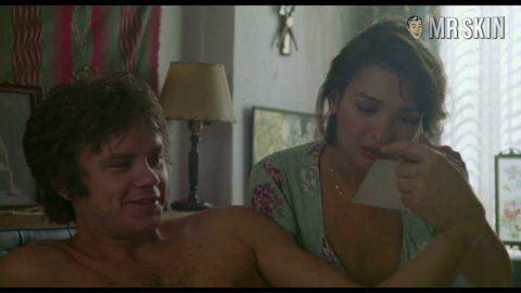 Ideal Elizabeth Pe A Nude Video HD