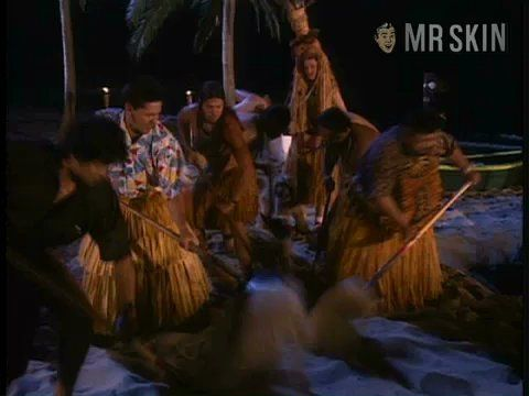 Sbtb hawaiianstyle berkley thiessen voorhies 1 frame 3